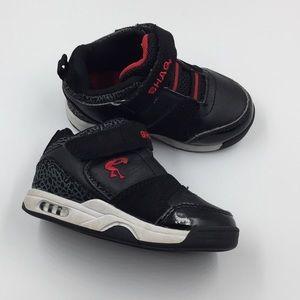 448c2781d0d Shaq Boys Black Shoes. Size 7 Toddler